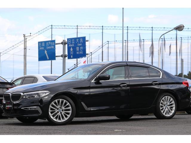 BMW・523d・ラグジュアリー・ブラックサファイア・純正18インチAW・アダプティブLEDヘッドライト&フォグ・パーキングアシスト・360/3Dビュー・パワートランク・前後パークディスタンスその他!