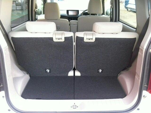 X キーレス フルセグ ナビ&TV エアバッグ オートマ フル装備 助手席エアバッグ ETC バックカメラ スマートキー 横滑り防止機能(14枚目)