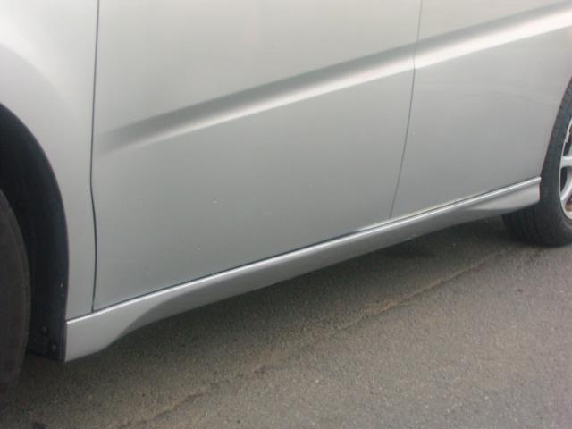 認証工場完備、アフターサービス万全、買っていただいた後もお客様と、より良いお付き合いを大切にします。修理・鈑金塗装・任意保険も遠慮なくお声掛け下さい。