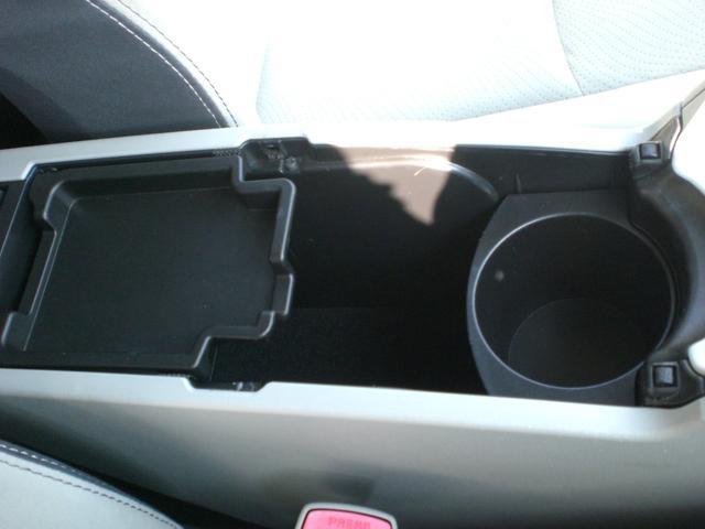 「トヨタ」「プリウス」「セダン」「茨城県」の中古車39