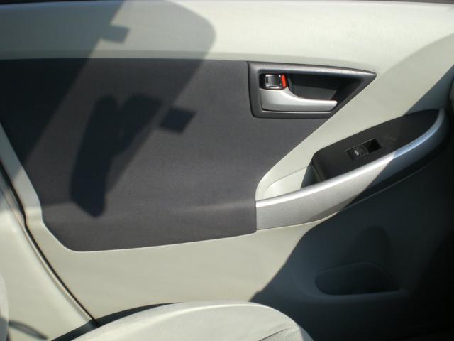 「トヨタ」「プリウス」「セダン」「茨城県」の中古車43