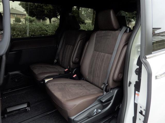 トヨタ エスクァイア 新型 ハイブリッドGi プレミアムパッケージ 自動ブレーキ