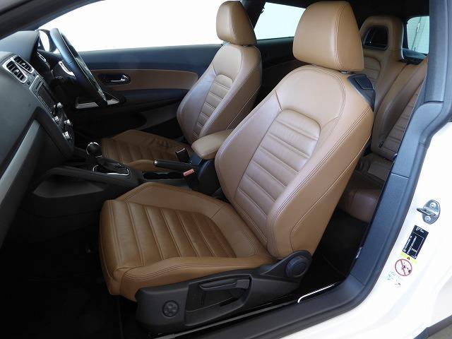 フォルクスワーゲン VW シロッコ 2.0TSI Brown Leather