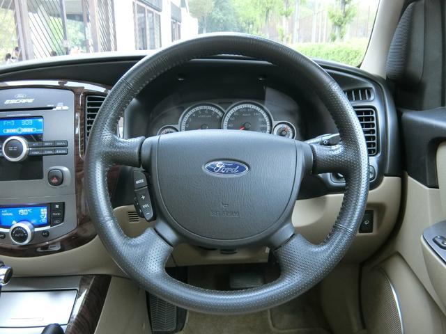 「フォード」「フォード エスケープ」「SUV・クロカン」「埼玉県」の中古車16