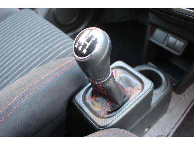 4WD ターボ レカロシート 5速マニュアル車(13枚目)