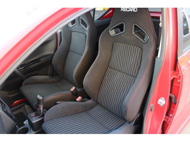 4WD ターボ レカロシート 5速マニュアル車(19枚目)