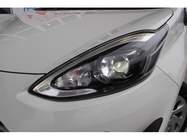 ★メーカーオプション!LEDヘッドランプパッケージ(108,000円)★明るくて見やすい!何より夜間のEV走行時間が全然違います!フォグライト付★