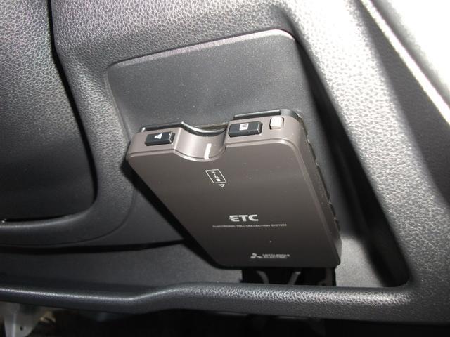 クルーズSAIII ハイルーフ 4WD 純正メモリーナビ フルセグTV バックカメラ ETC ドライブレコーダー LEDヘッドライト ワンオーナー車(18枚目)