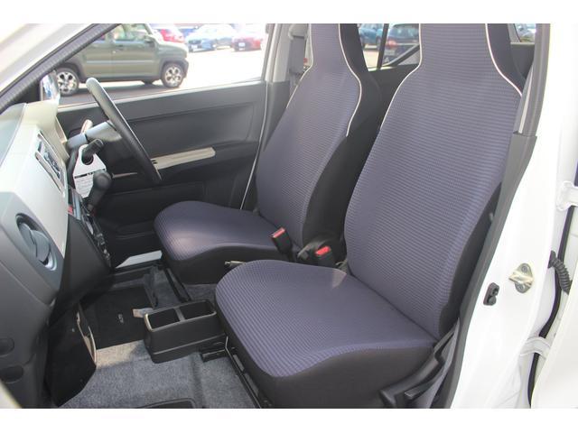 S セーフティサポート CDチューナー キーレスエントリー シートヒーター 電動格納リモコンドアミラー パーキングセンサー エネチャージ搭載(12枚目)