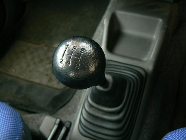 スズキ ジムニー FISリミテッド 4WDターボ 純正アルミ 5速マニュアル
