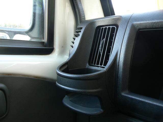 Vタイプ 4WD エアコン ラジオ(9枚目)