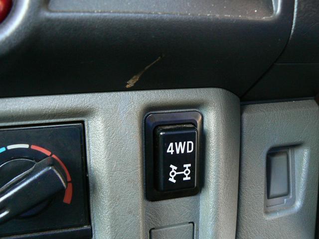 Vタイプ 4WD エアコン ラジオ(10枚目)