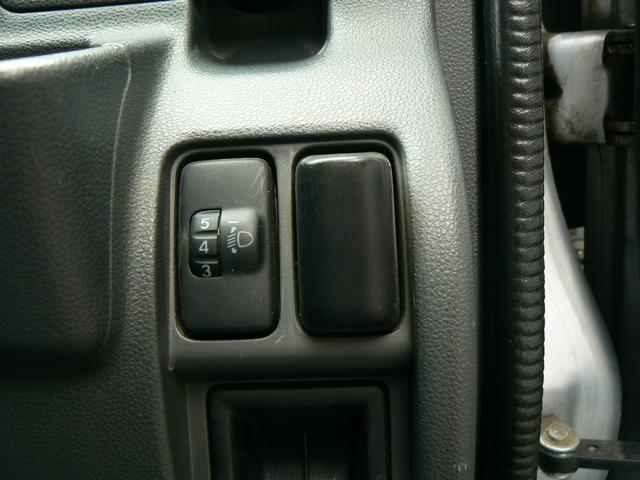 DX4WD ワンオーナー フル装備 キーレス(16枚目)