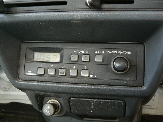 純正のラジオ付き