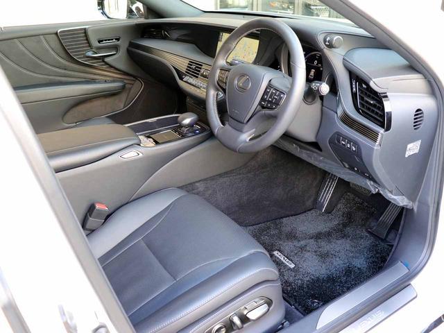 LS500h Iパッケージ ワンオーナー OP20インチAW レクサスセーフティ+A ブラインドスポットモニター カラーヘッドアップディスプレイ 黒本革シート(4枚目)
