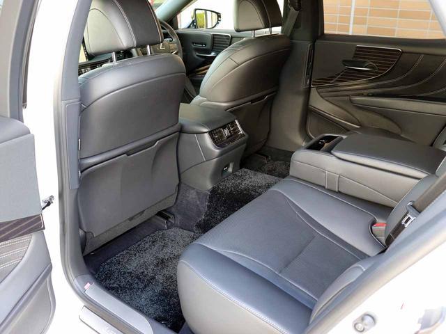 LS500h Iパッケージ ワンオーナー OP20インチAW レクサスセーフティ+A ブラインドスポットモニター カラーヘッドアップディスプレイ 黒本革シート(5枚目)