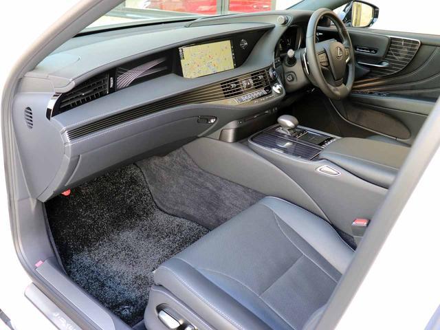 LS500h Iパッケージ ワンオーナー OP20インチAW レクサスセーフティ+A ブラインドスポットモニター カラーヘッドアップディスプレイ 黒本革シート(12枚目)