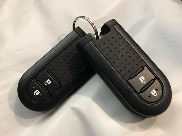 XリミテッドII SAIII 14インチアルミホイール スマートキー LEDヘッドランプ アイドリングストップ 電動格納式ドアミラー オートエアコン シートヒーター 衝突被害軽減システム 横滑り防止機構(35枚目)
