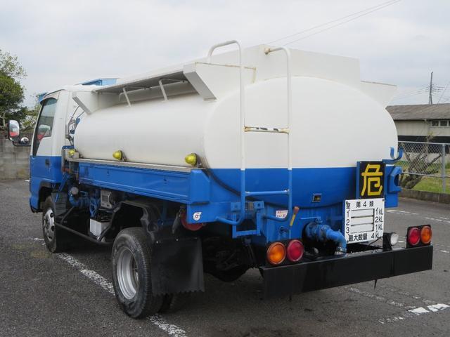いすゞ エルフトラック タンクローリー