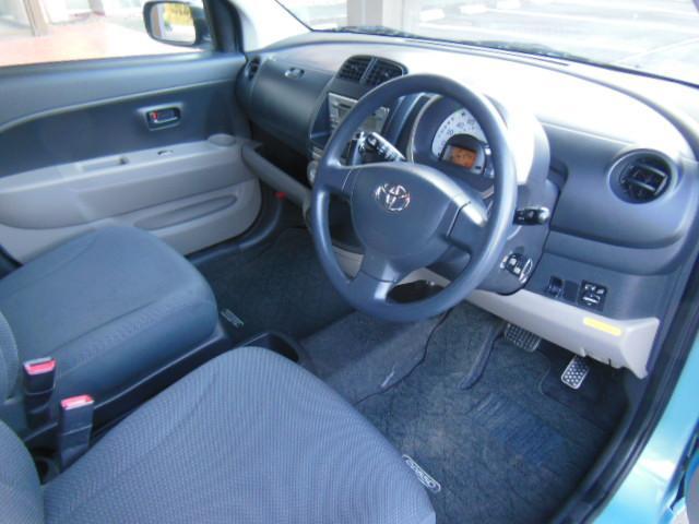 トヨタ パッソ X CDデッキ キーレスエントリー ドアバイザー