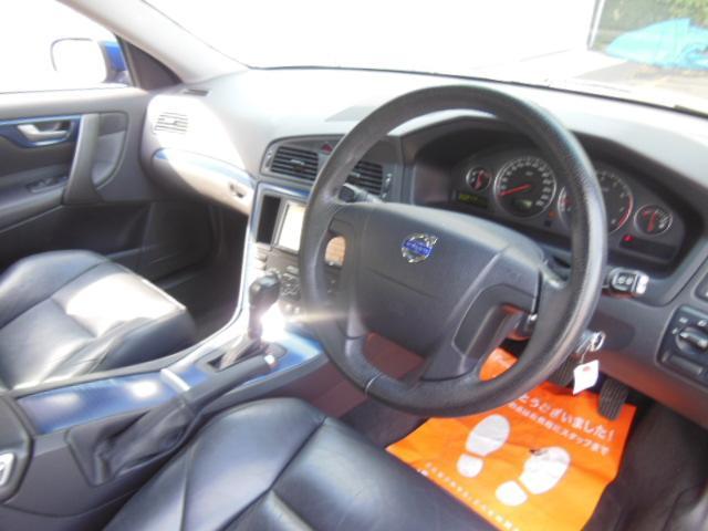 ボルボ ボルボ V70 オーシャンレースリミテッド ディーラー車 右ハンドル 本革