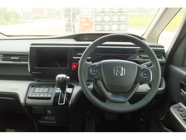 ホンダ ステップワゴンスパーダ スパーダ 助手席リフトアップシート車