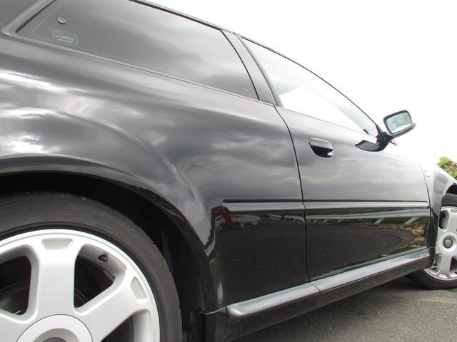 アウディ アウディ S3 6速マニュアル 4WDターボ アルカンターラハーフレザー
