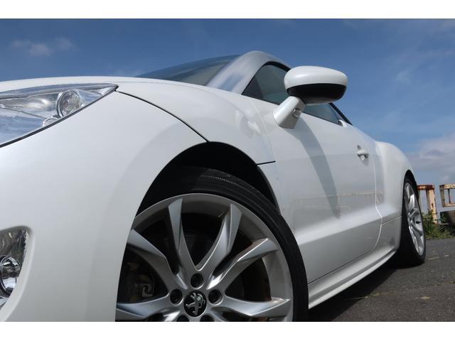 ベースグレード 6速マニュアル 200馬力ターボ 可変音量社外マフラー 19インチアルミ 革シート(8枚目)