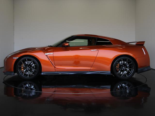 日産 GT-R プレミアムエディション MY17 ファッショナブルインテリア