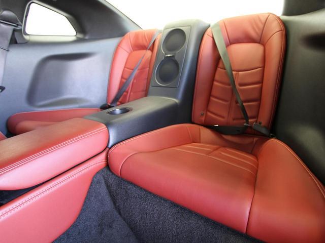 日産 GT-R プレミアムエディション MY15 ファッショナブルインテリア
