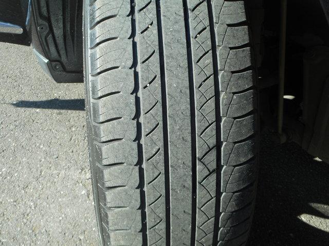 タイヤの溝もご覧の通り♪