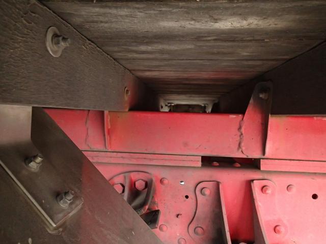 08120 8.5tアルミボディ 増トン車 内寸長571cm(11枚目)