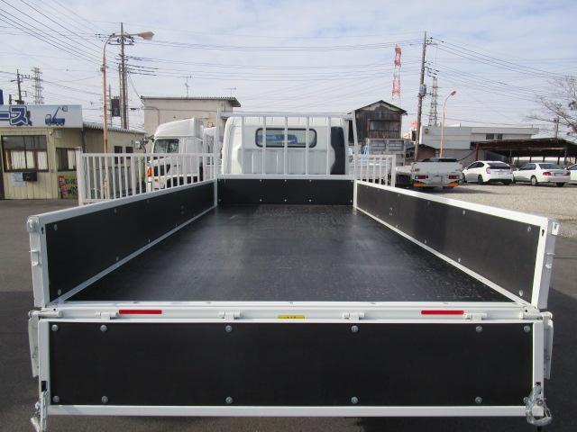 三菱ふそう キャンター ワイド ロング 最大積載量2000kg