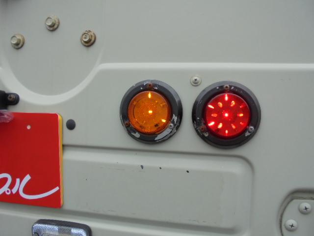 リフトUP オーバーフェンダー 社外バンパー LEDライト(17枚目)