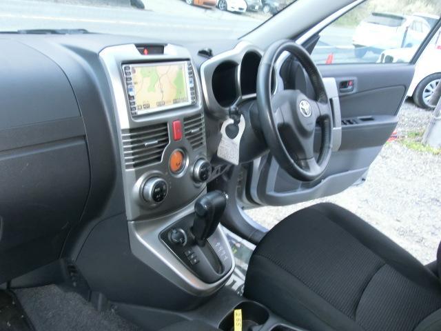 Gパートタイム4WD ワンオーナーHDDナビ スマート キー(12枚目)