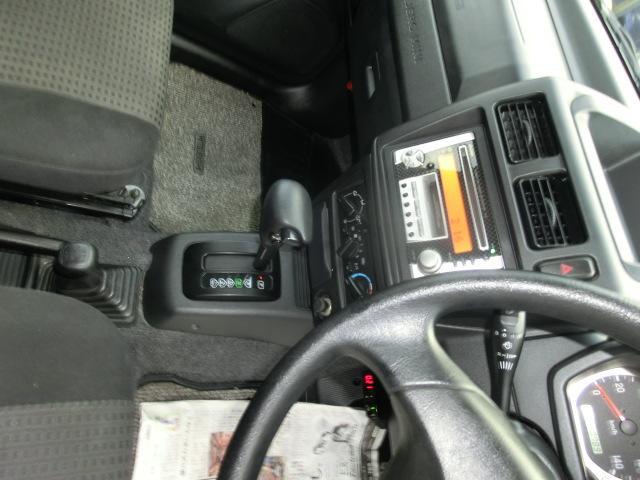 スペシャルカラーエディションVRパートタイム4WD キーレス(18枚目)