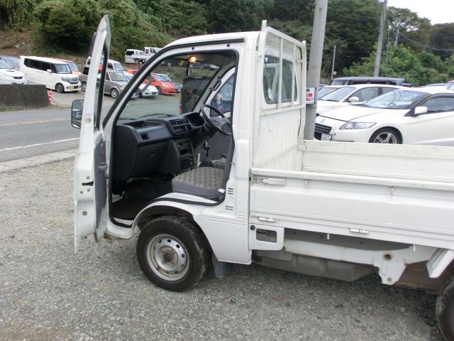 スペシャル パートタイム4WD 5MT AC(9枚目)