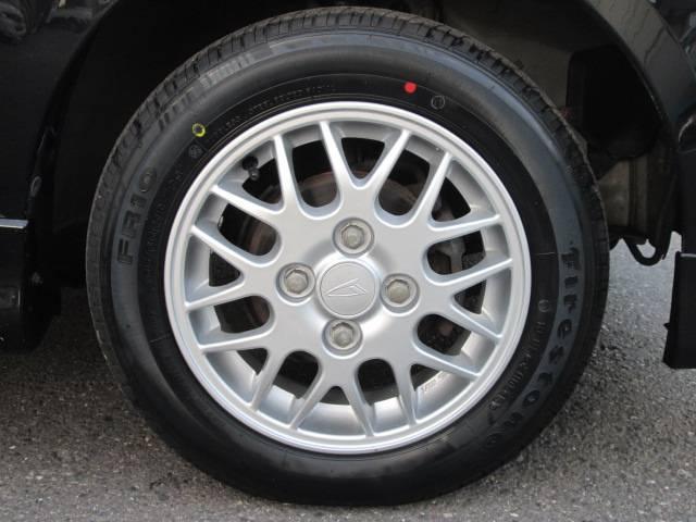 Xi 4WD 走行距離無制限 2年間保証(18枚目)
