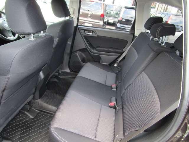 2.0i-L 4WD(12枚目)