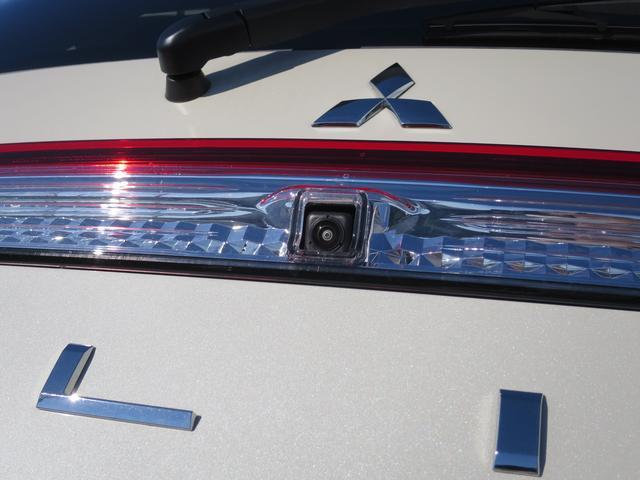 P 禁煙車 後側方検知警報システム 誤発進抑制 全方位カメラ 電動サイドステップ 電動パーキング 電動リヤゲート 衝突被害軽減ブレーキ クルーズコントロール 電動シート LEDヘッドライト 純正アルミ(39枚目)