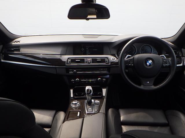 BMW BMW 528iツーリング Mスポーツ 黒本革シート バックカメラ