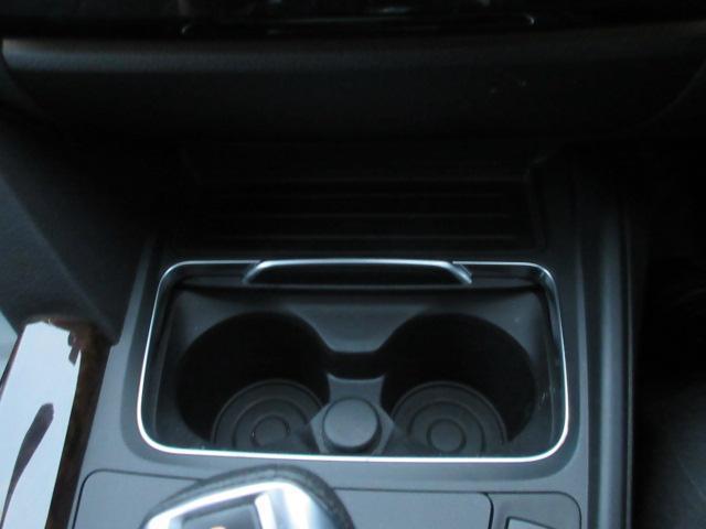 320iラグジュアリー 正規認定中古車 ワンオーナー LEDヘッドライト コンフォートアクセス 純正17インチ 純正HDDナビ レザーシート シートヒーター リアPDC バックカメラ ACC レーンチェンジウォーニング(51枚目)