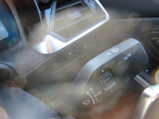 330i Mスポーツ LEDヘッドライト 純正HDDナビ ハーフレザー シートヒータ ACC パドルシフト オートトランク PDC バックカメラ ワイヤレスチャージング 純正18インチ(33枚目)