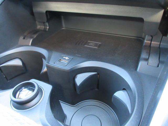 330i Mスポーツ LEDヘッドライト 純正HDDナビ ハーフレザー シートヒータ ACC パドルシフト オートトランク PDC バックカメラ ワイヤレスチャージング 純正18インチ(44枚目)
