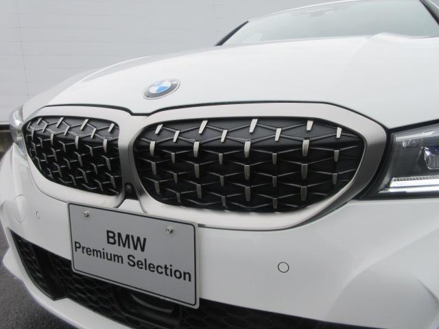 M340i xDrive 正規認定中古車 ワンオーナー レーザーライト レザーシート シートヒーター ヘッドアップディスプレイ 純正HDDナビ ジェスチャーコントロール リバースアシスト 純正19インチ ACC(6枚目)