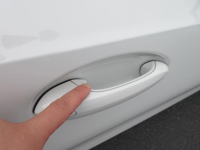 M340i xDrive 正規認定中古車 ワンオーナー レーザーライト レザーシート シートヒーター ヘッドアップディスプレイ 純正HDDナビ ジェスチャーコントロール リバースアシスト 純正19インチ ACC(8枚目)