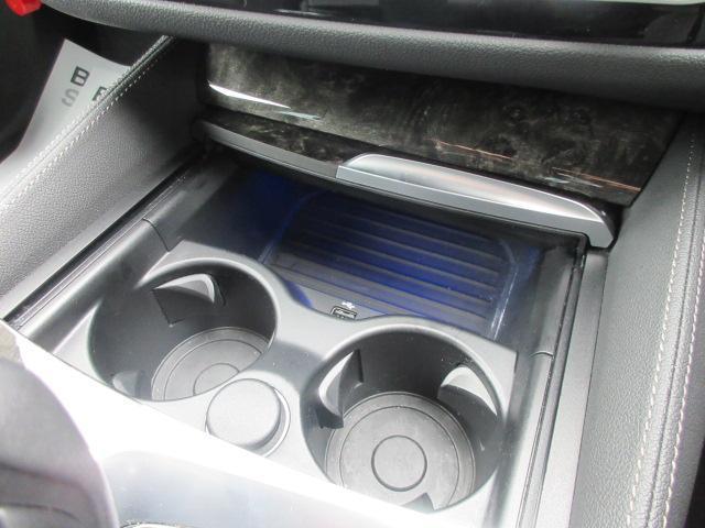523d Mスポーツ ハイラインパッケージ ワンオーナー 純正HDDナビ 純正ETC レザーシート シートヒーター コンフォートアクセス 電動リアゲート 電動シート 純正19インチ アダプティブLEDヘッドライト(53枚目)