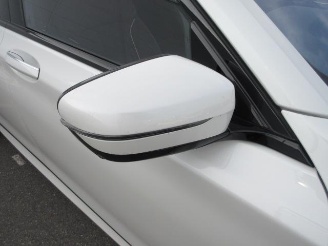 740d xDrive Mスポーツ レーザーライト 純正HDDナビ モカレザー シートヒーター シートエアコン ソフトクローズドア ACC PDC バックカメラ ヘッドアップディスプレイ ハーマンカードン 純正20インチ サンルーフ(7枚目)