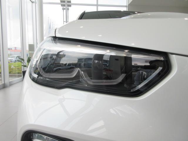 xDrive 35d Mスポーツ 正規認定中古車 弊社元社有車 アダプティブLEDヘッドライト ジェスチャーコントロール 4ゾーンエアコン リバースアシスト ハーマンカードンスピーカー オートマチックテールゲート 純正20インチ(9枚目)