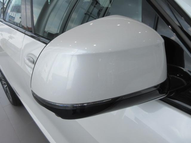 xDrive 35d Mスポーツ 正規認定中古車 弊社元社有車 アダプティブLEDヘッドライト ジェスチャーコントロール 4ゾーンエアコン リバースアシスト ハーマンカードンスピーカー オートマチックテールゲート 純正20インチ(15枚目)